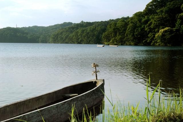 ウポポイ/ポロト湖